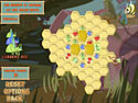 in-game screenshot : Honeybee (pc) - Help the Queen Bee!